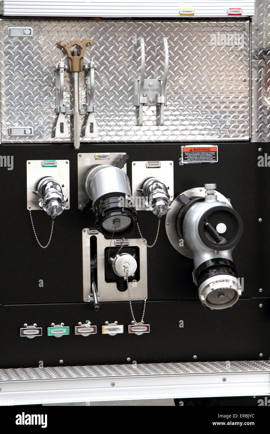 Feuerwehrauto-Verbindungen Stockbild