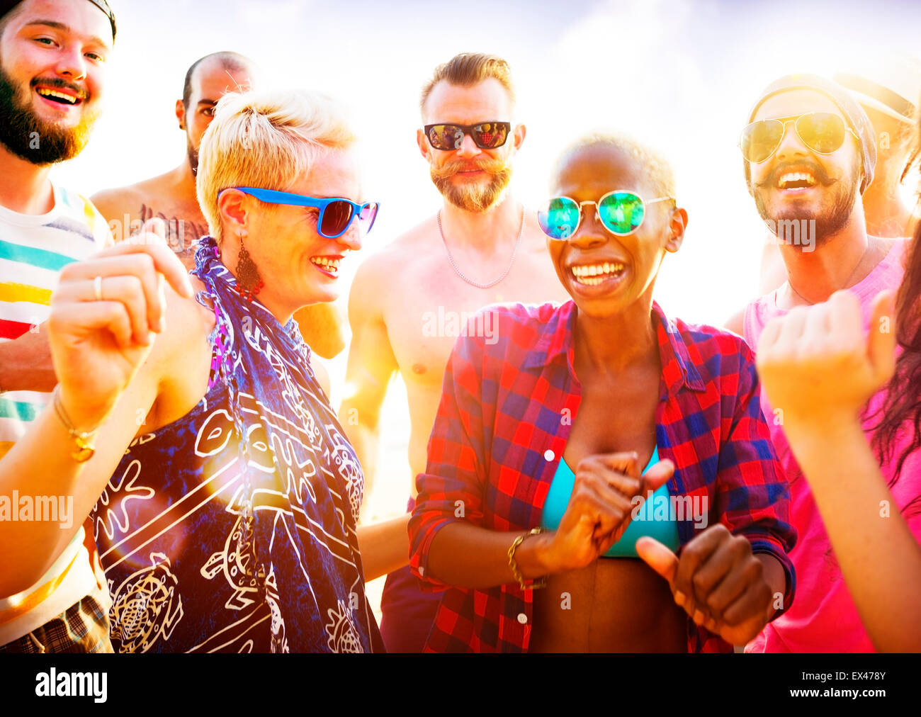Freunde Sommer Beach Party Festival-Konzept Stockbild
