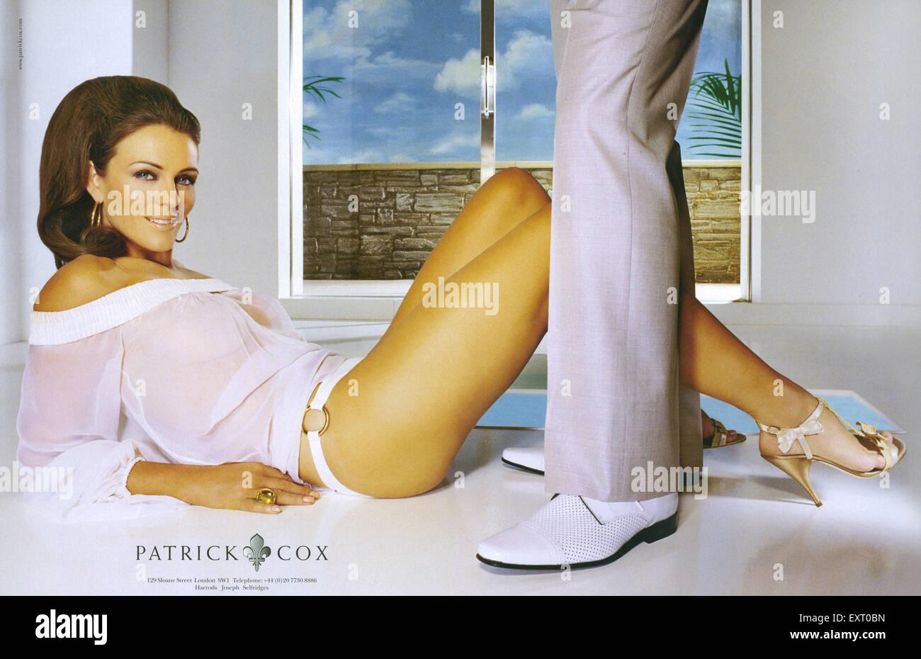 2000er Jahre UK Patrick Cox Magazin Anzeige Stockbild