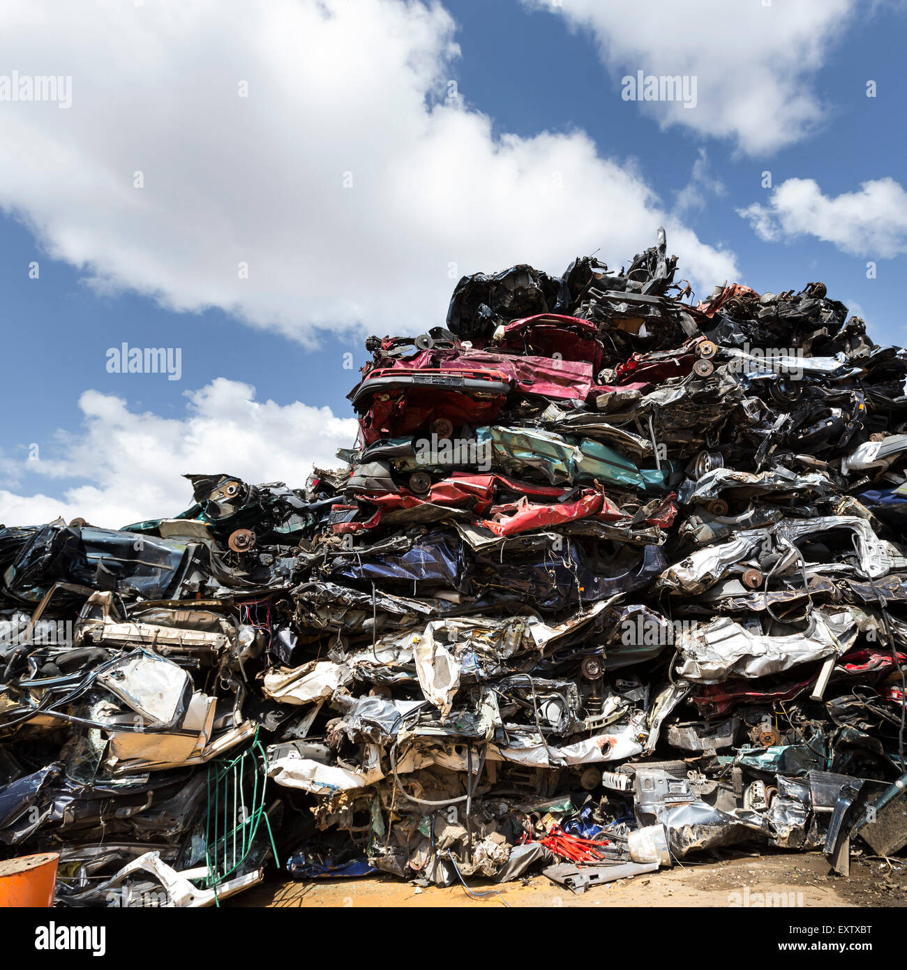 Recyclinghof in Hamburg, Autowracks Stockbild