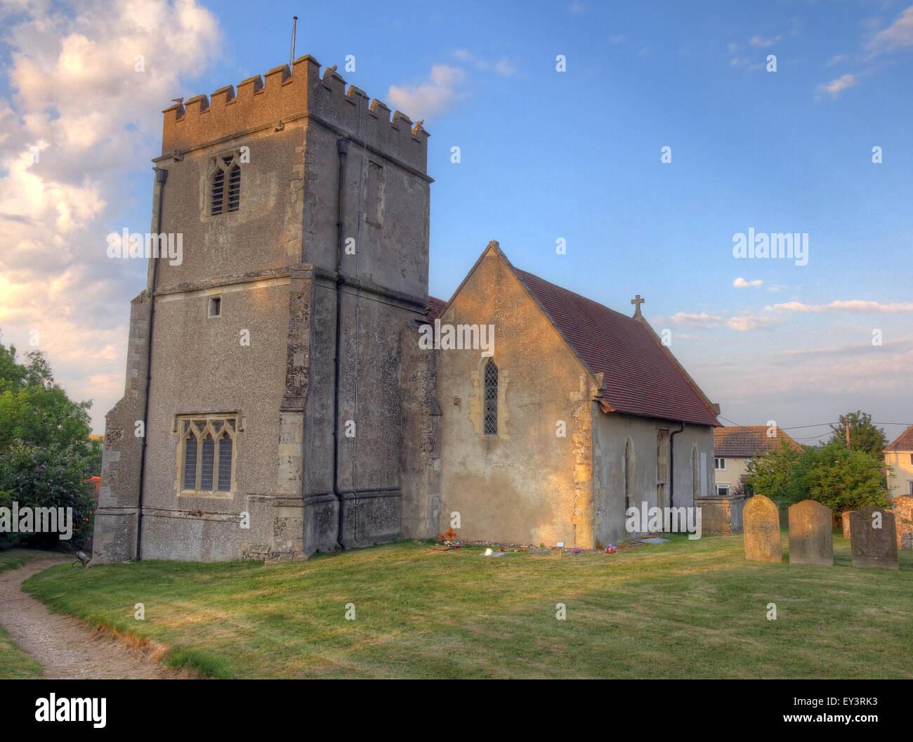 Laden Sie dieses Alamy Stockfoto St. Mary Church, East Ilsley, Berkshire, England, UK am Abend - mittelalterliche Stein Bau - EY3RK3