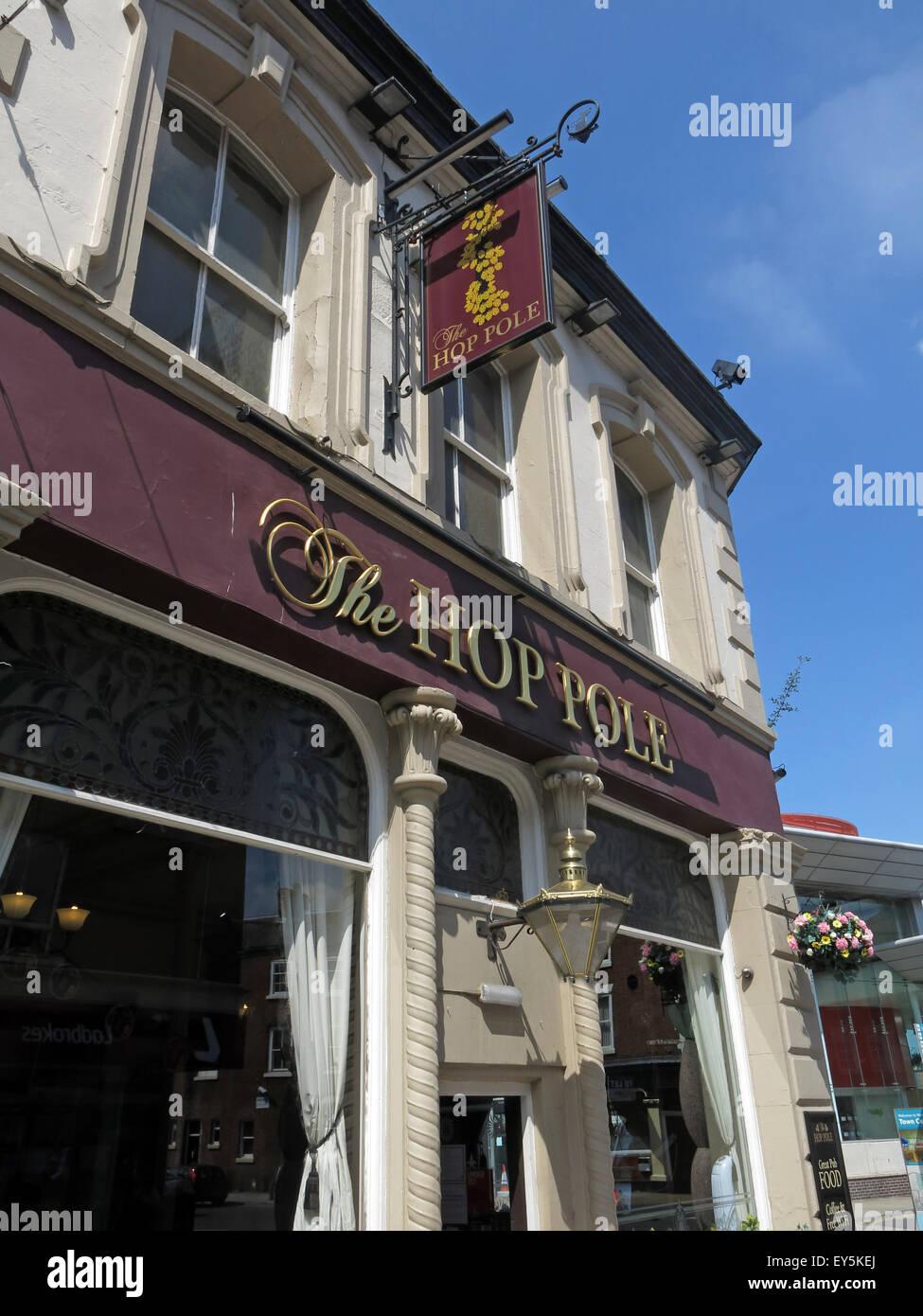 Laden Sie dieses Alamy Stockfoto Die Hop-Pole Pub, 49 Horsemarket Street Warrington, Cheshire, England, UK WA1 1TS neben dem Busbahnhof - EY5KEJ
