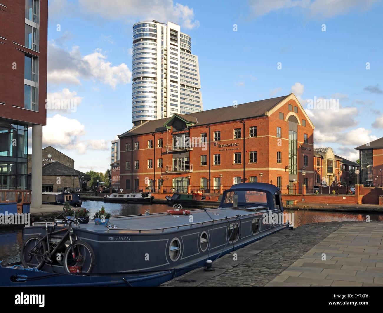 Laden Sie dieses Alamy Stockfoto Leeds Wharf Lock, Innenstadt, West Yorkshire, England, Vereinigtes Königreich (Leeds / Liverpool Canal) - EY7XF8