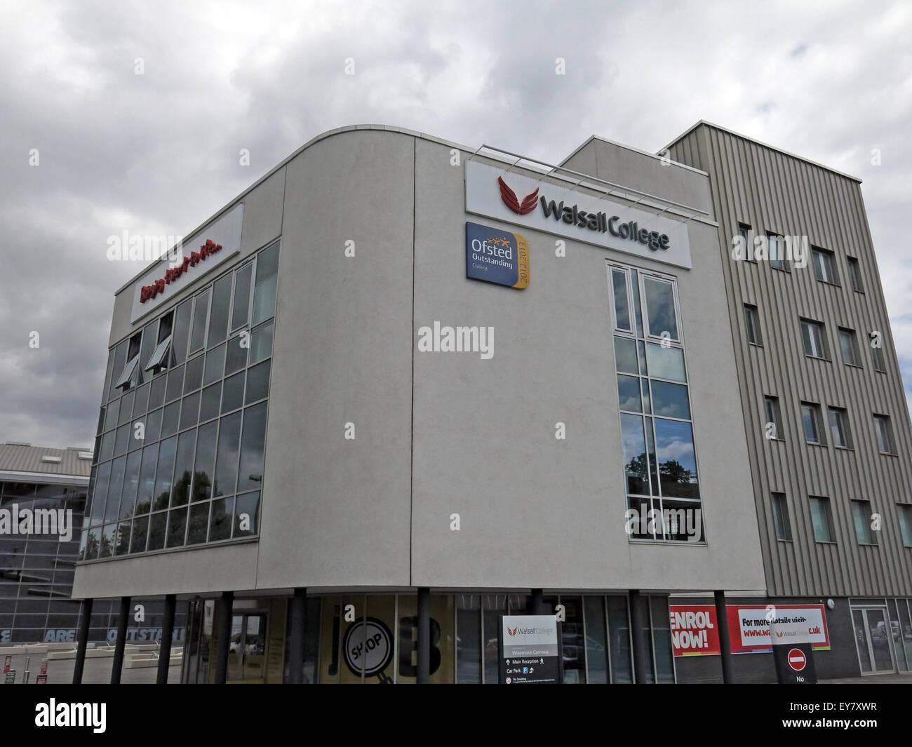 Laden Sie dieses Alamy Stockfoto Walsall College im Hauptgebäude, West Midlands, England, UK - EY7XWR