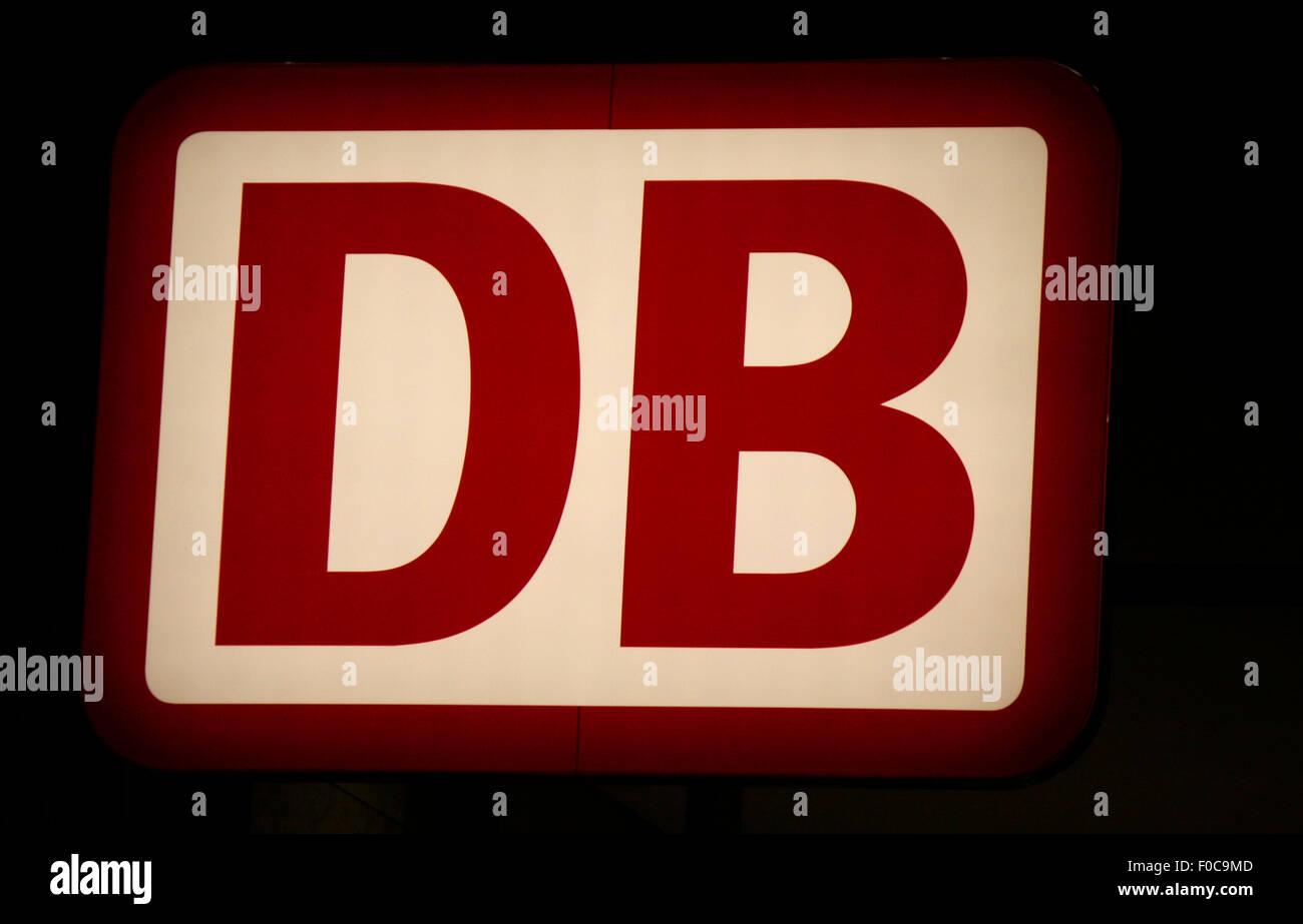 """Markenname: """"DB - Deutsche Bahn AG"""", Dezember 2013, Berlin. Stockbild"""