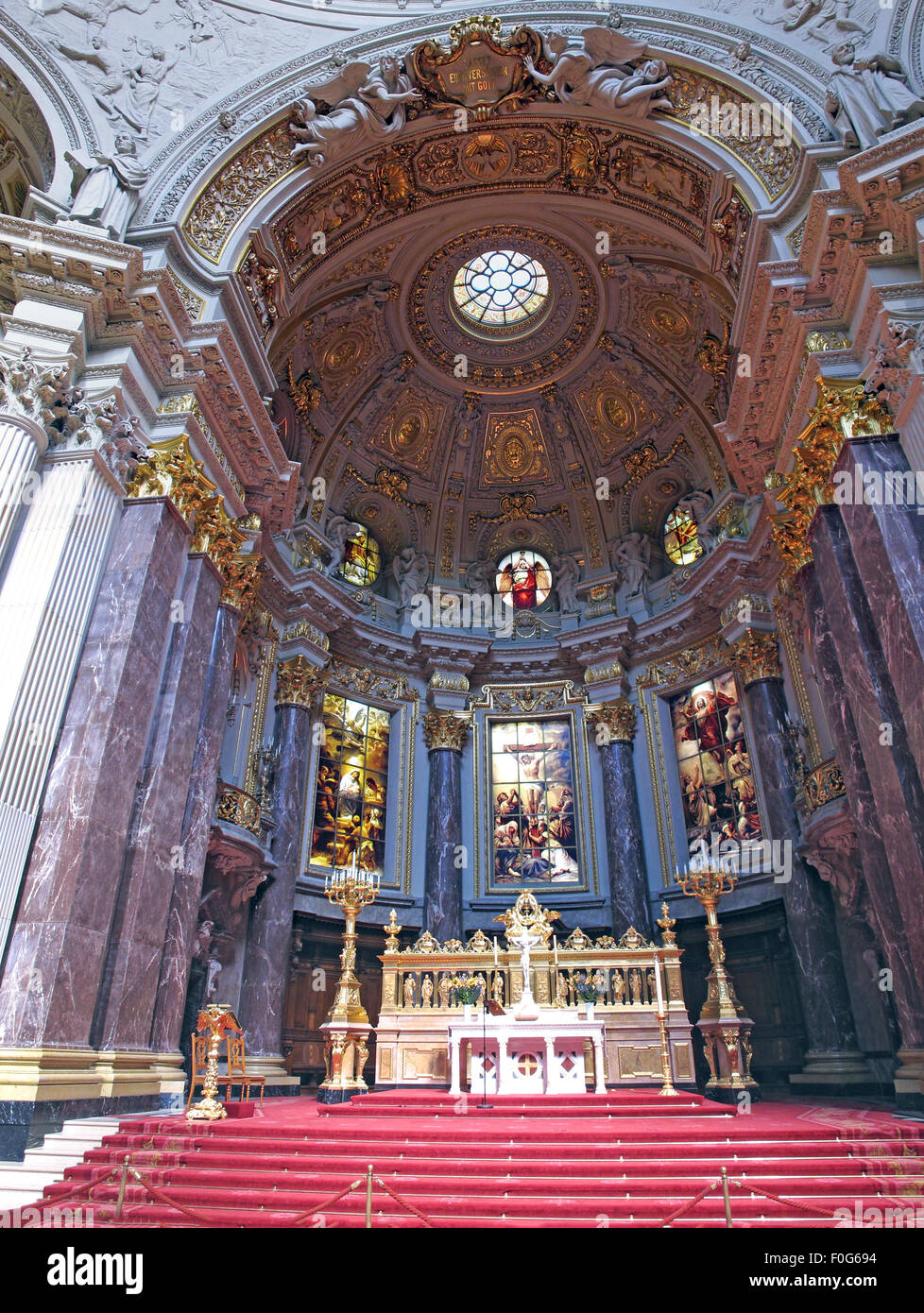 Laden Sie dieses Alamy Stockfoto Berliner Dom, Berliner Dom, Altar, breite erschossen - F0G694
