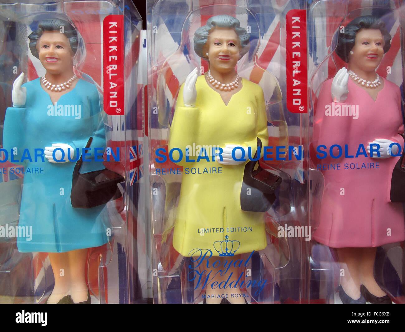 Laden Sie dieses Alamy Stockfoto Viele Königin Elizabeth von England solarbetriebene Spielzeug, Mitte, Deutschland, Europa - F0G6XB
