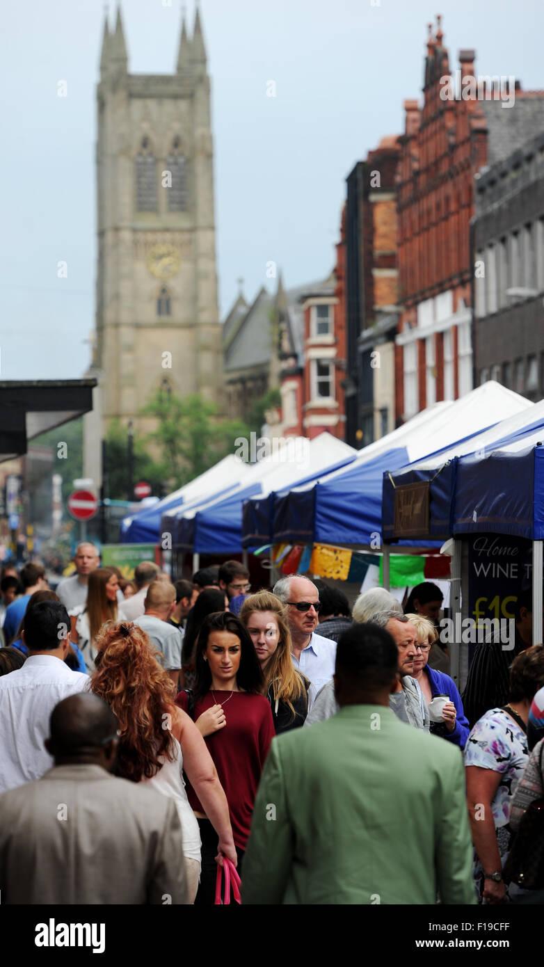 Bolton, UK. 30. August 2015. 10. jährliche Bolton-Essen und trinken Festival, Victoria Square, Bolton, Lancashire. Stockbild