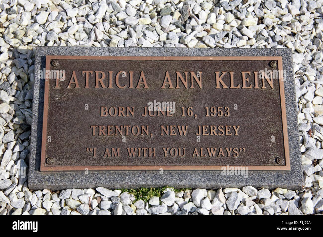 Laden Sie dieses Alamy Stockfoto Lockerbie PanAm103 In Erinnerung Memorial Patricia Ann Klein, Schottland - F1J99A