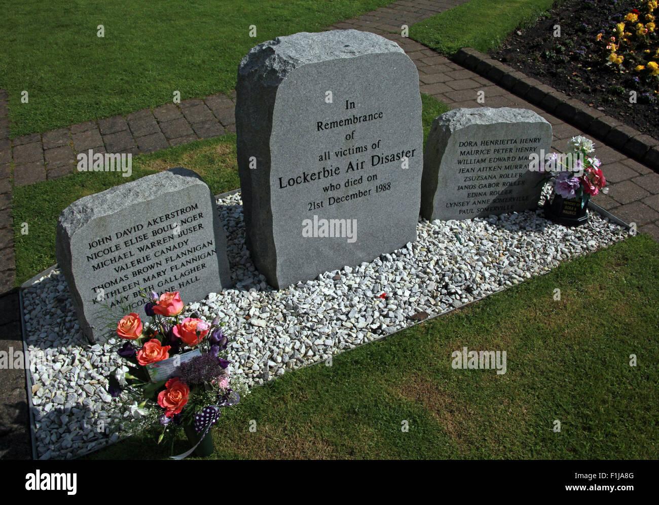 Laden Sie dieses Alamy Stockfoto Lockerbie PanAm103 In Erinnerung Memorial, Schottland - F1JA8G