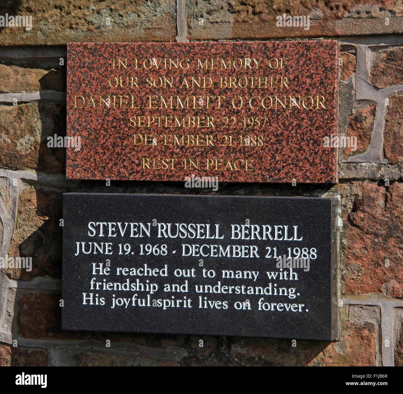 Laden Sie dieses Alamy Stockfoto Lockerbie PanAm103 In Erinnerung Memorial Daniel Emmett O'Connor Steven Russel Berrell, Schottland - F1JB6R