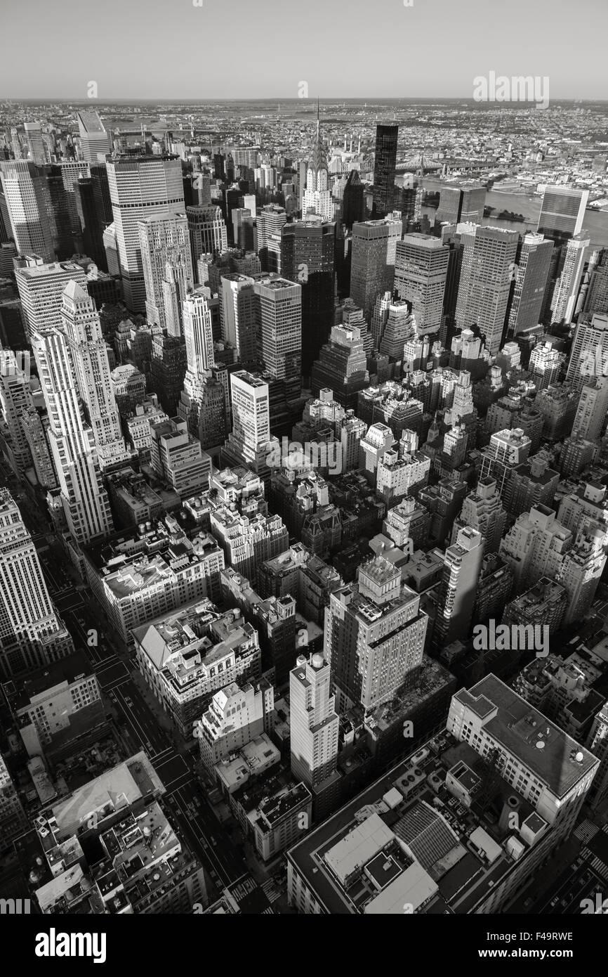 Luftaufnahme des New Yorker Stadtbild von Manhattan Midtown East, Upper East Side. Urbanen Blick auf New Yorks Wolkenkratzer Stockbild