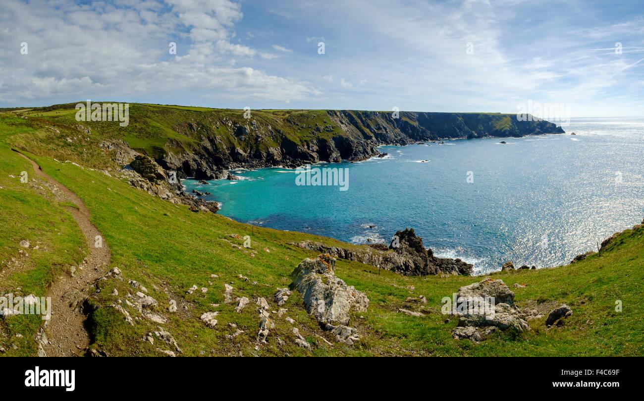 South West Coast Path, Lizard Halbinsel, Cornwall, England, UK Stockbild