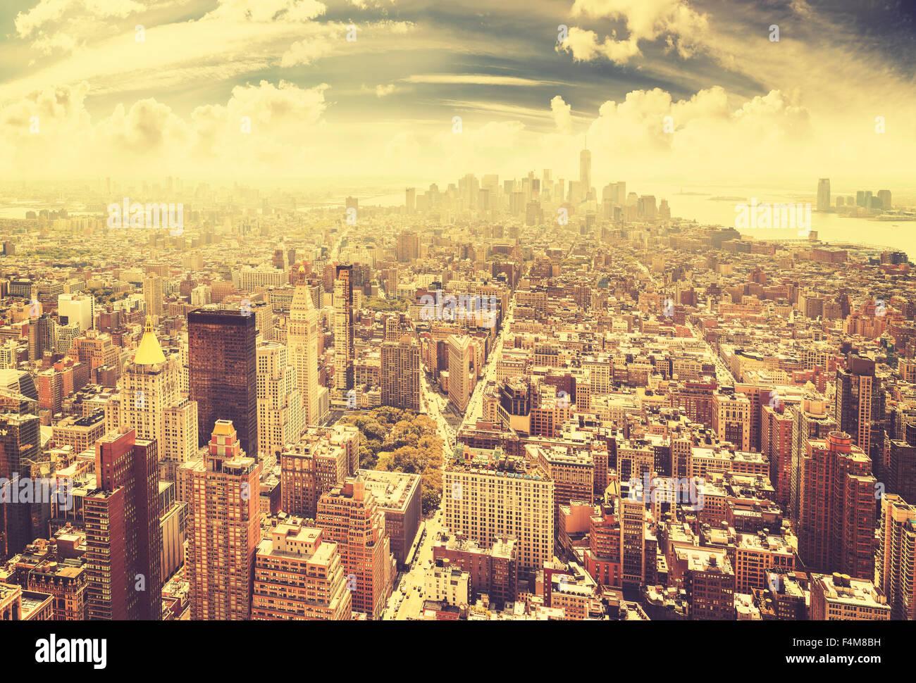 Vintage getönten Skyline von Manhattan, New York City, USA. Stockbild