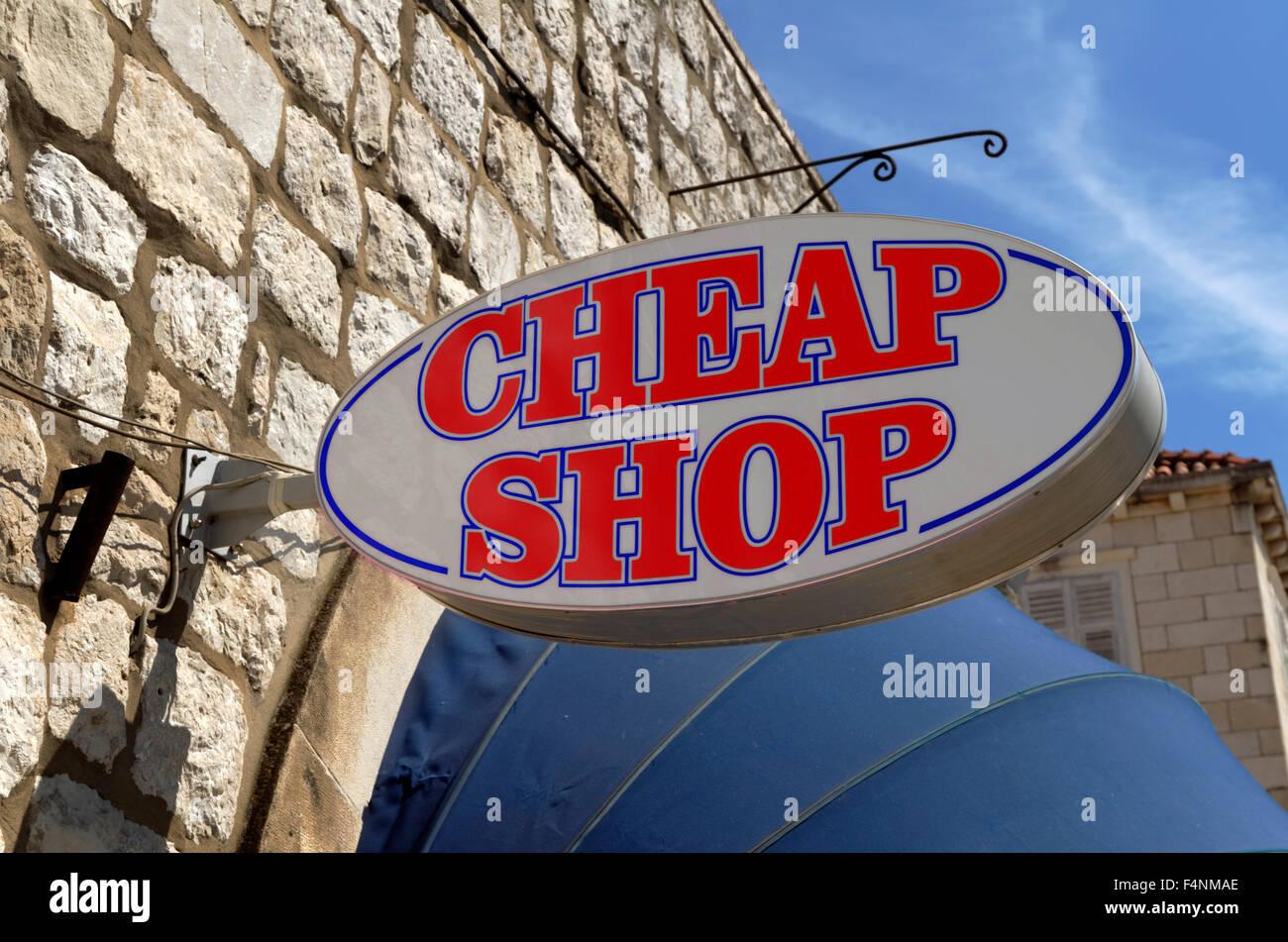 Billig Shop anmelden Stockbild