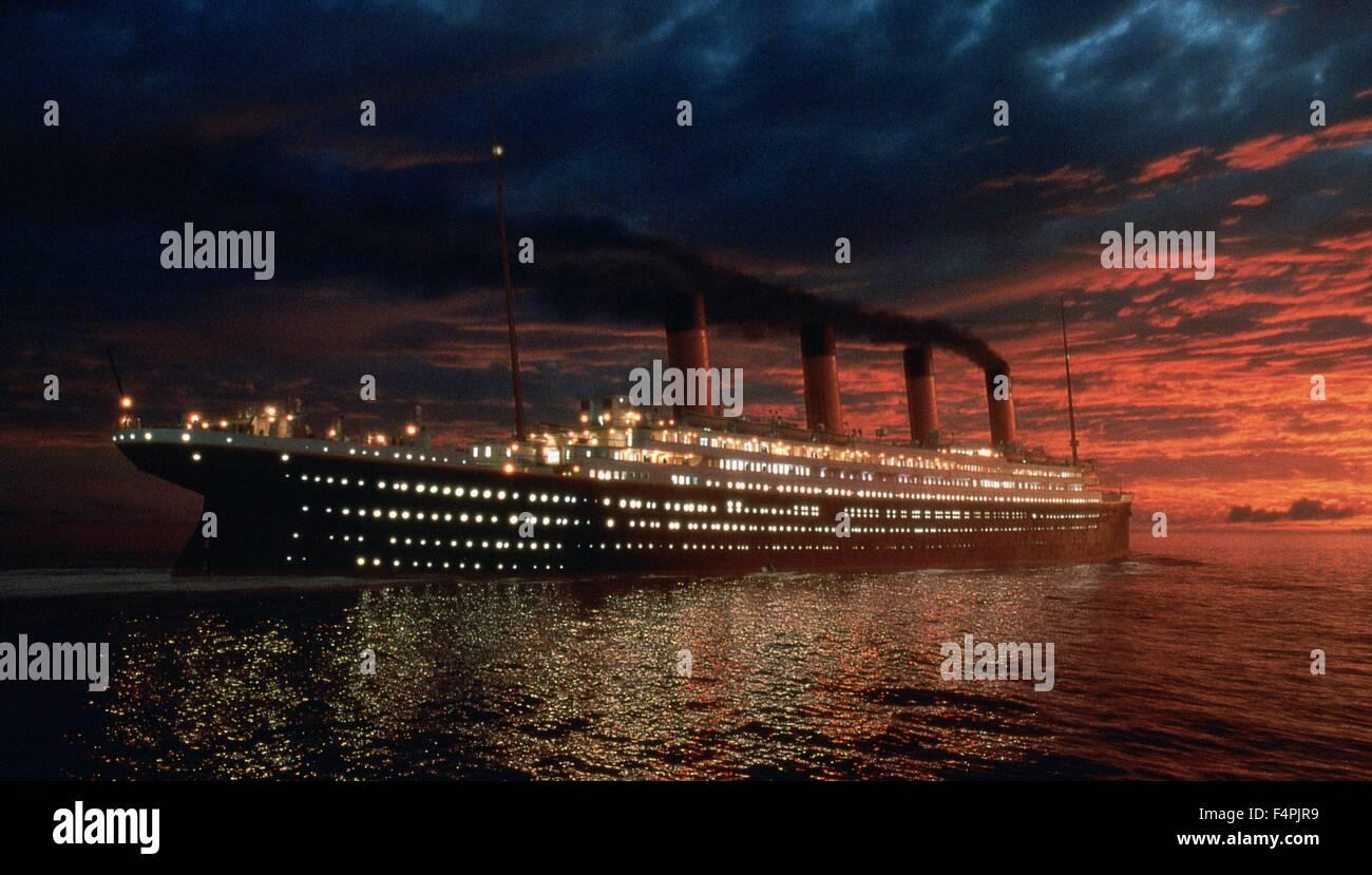 Titanic / 1997 unter der Regie von James Cameron [zwanzigsten Jahrhundert Fox Pictures] Stockbild