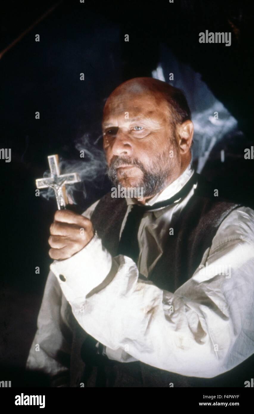 Donald Pleasance / Dracula / 1979 unter der Regie von John Badham [Universal Pictures / The Mirisch] Stockbild