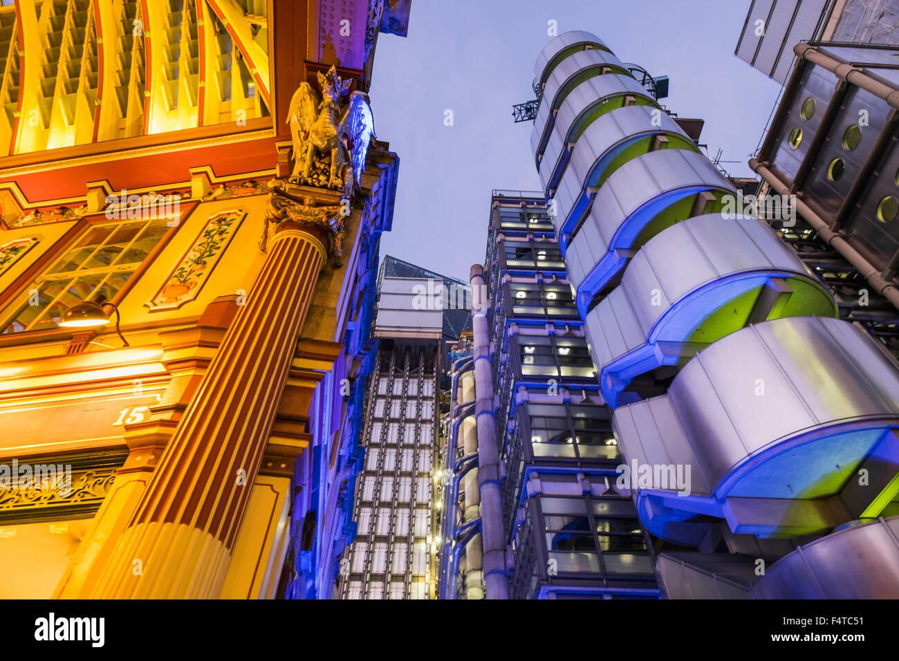 England, London, City, Leadenhall Market und Lloyds Building Stockbild