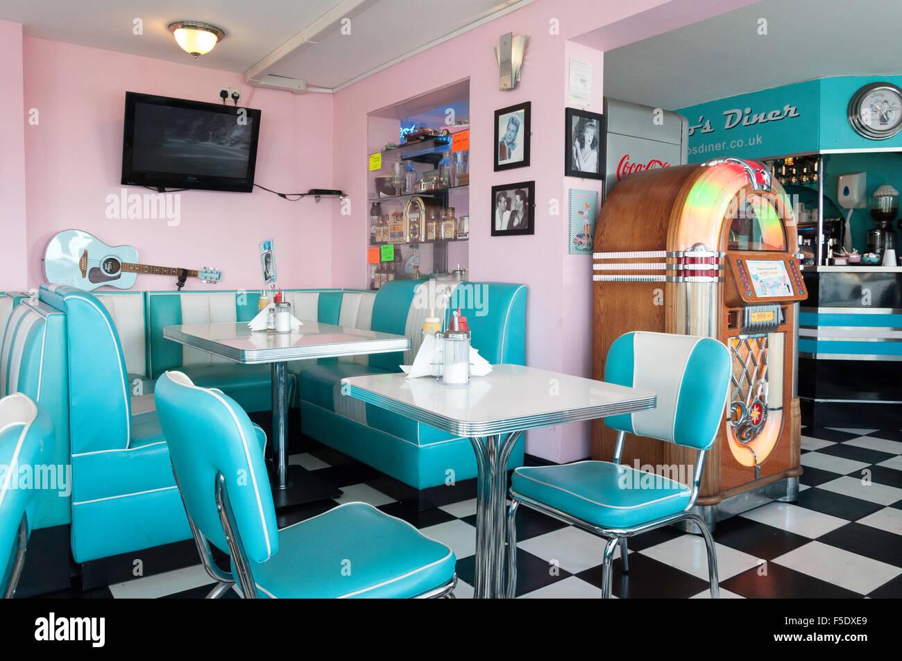 Innere des östlichen Esplanade, Southend-on-Sea, Bobby Jo 50er Jahre Diner, Essex, England, Vereinigtes Königreich Stockbild