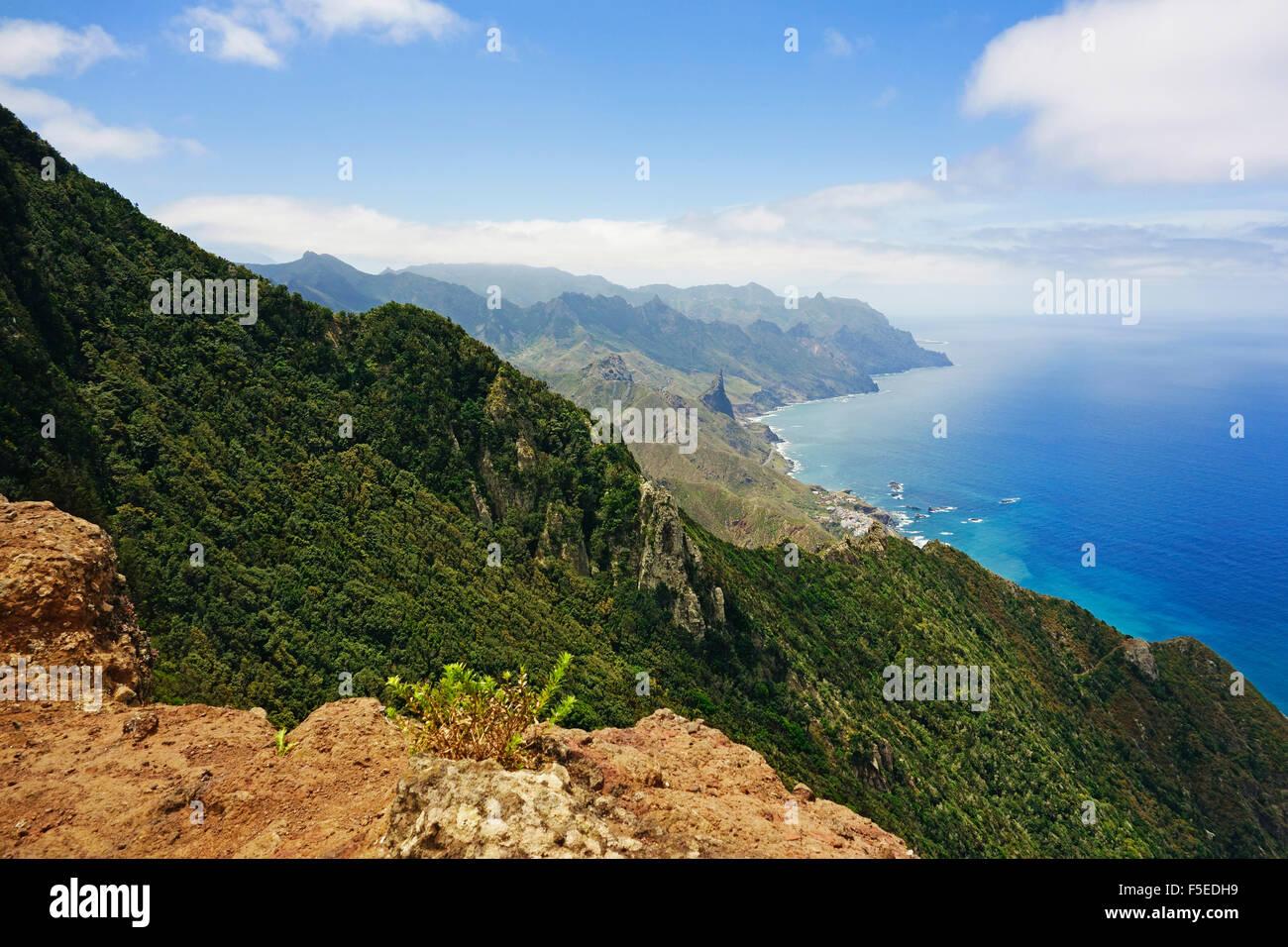 Anaga-Gebirge und Costa Adeje, Teneriffa, Kanarische Inseln, Spanien, Atlantik, Europa Stockfoto