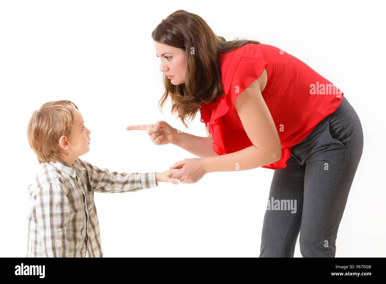Mutter ihr Kind disziplinieren Stockbild
