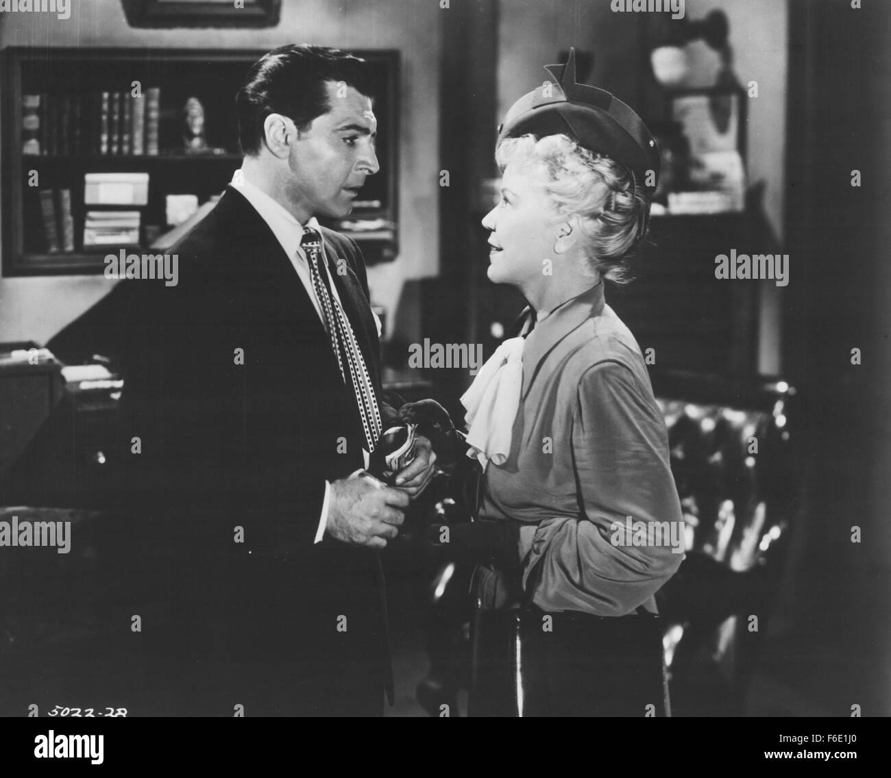 VERÖFFENTLICHT: 20. Mai 1951 - Film Originaltitel: laut Frau Hoyle. Stockbild