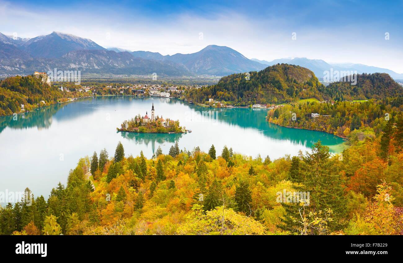 Bleder See in herbstlichen Farben, Slowenien Stockbild