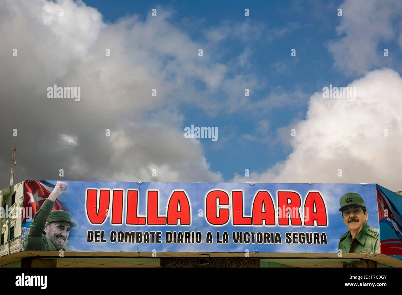 Comandante Fidel Castro auf einem Plakat in der Innenstadt, Street Life im Zentrum von Santa Clara im Parque de Stockbild