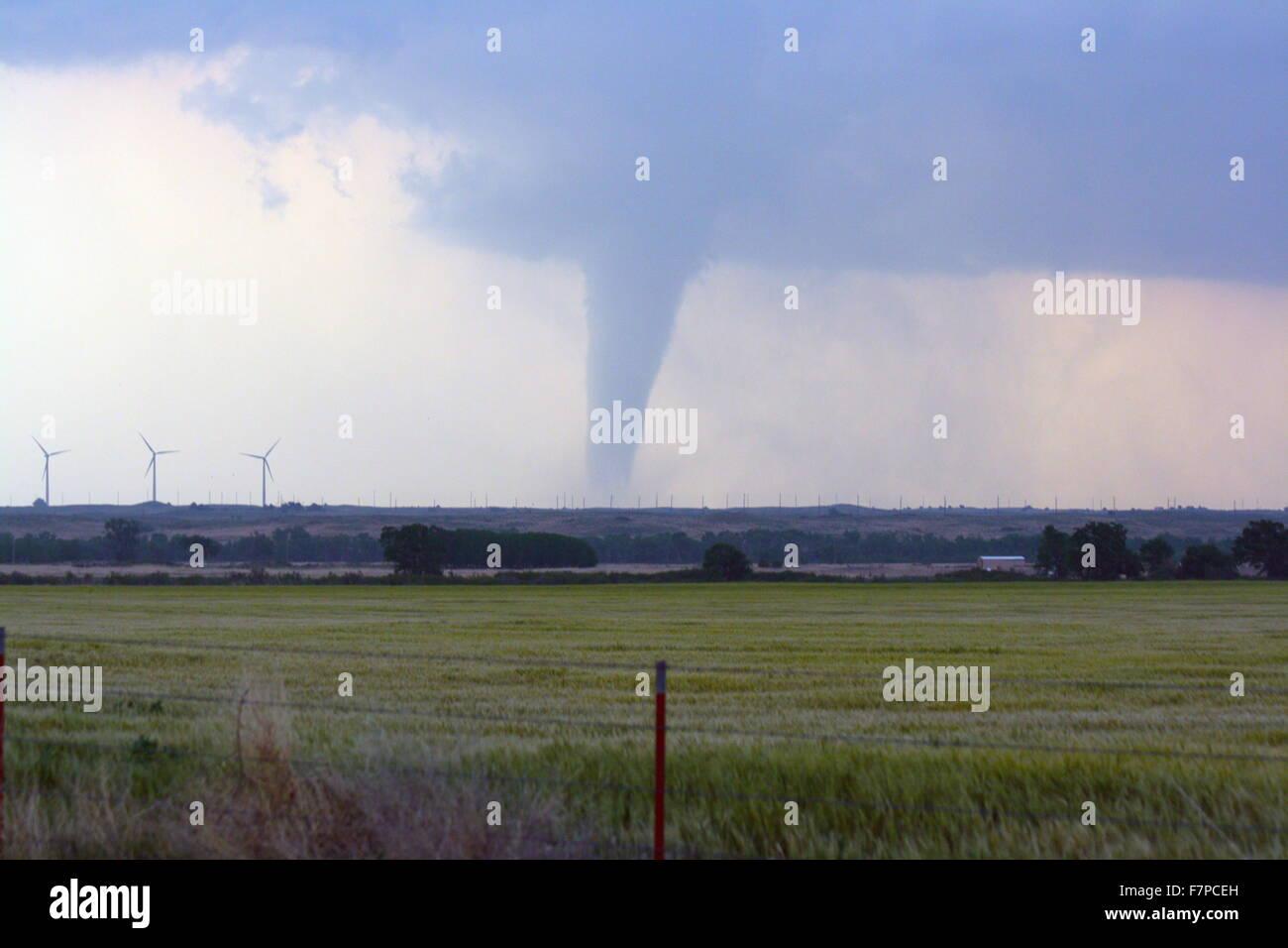 Tornado über die Prärie von Kansas, USA. 23. Mai-24. Mai 2008 Stockbild