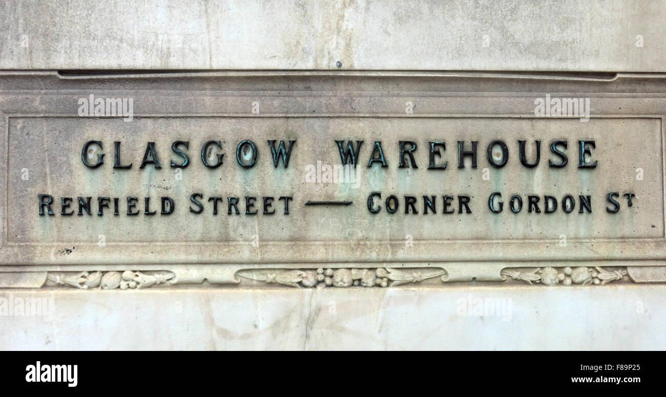 Laden Sie dieses Alamy Stockfoto Glasgow Lager Renfield Street Ecke Gordon St Schild am Jenners Store, Edinburgh, Schottland - F89P25