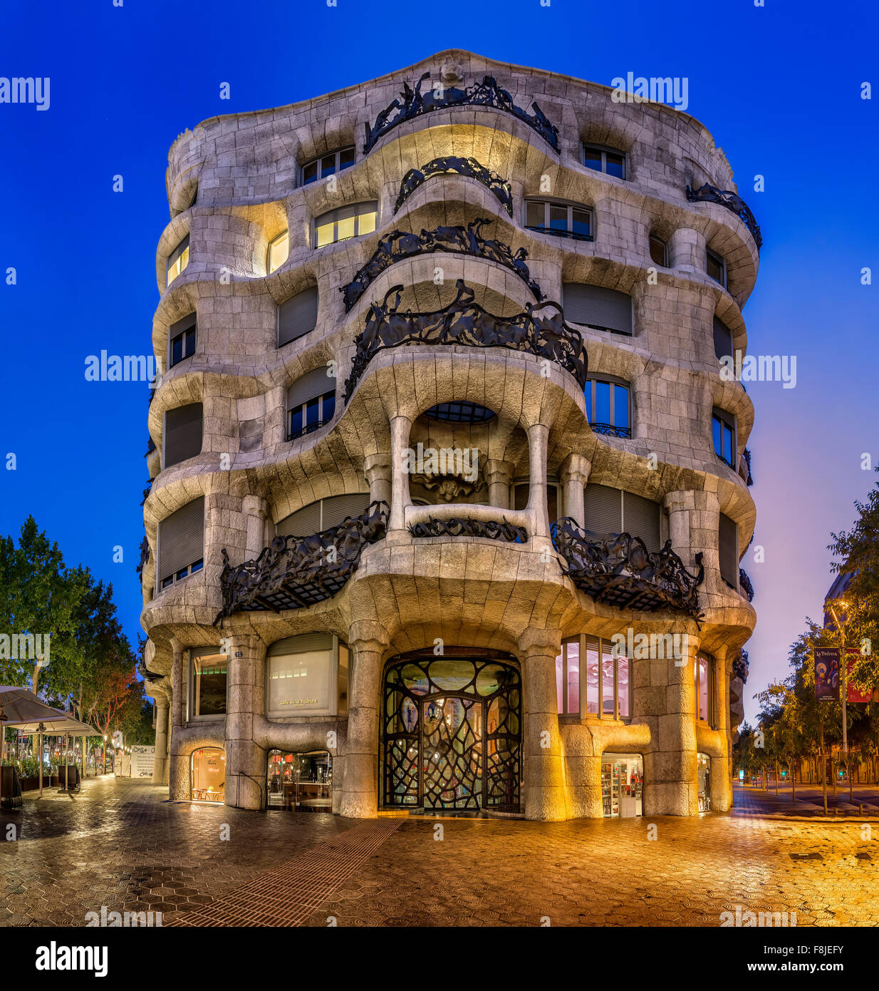 antonio gaudi stockfotos antonio gaudi bilder alamy. Black Bedroom Furniture Sets. Home Design Ideas