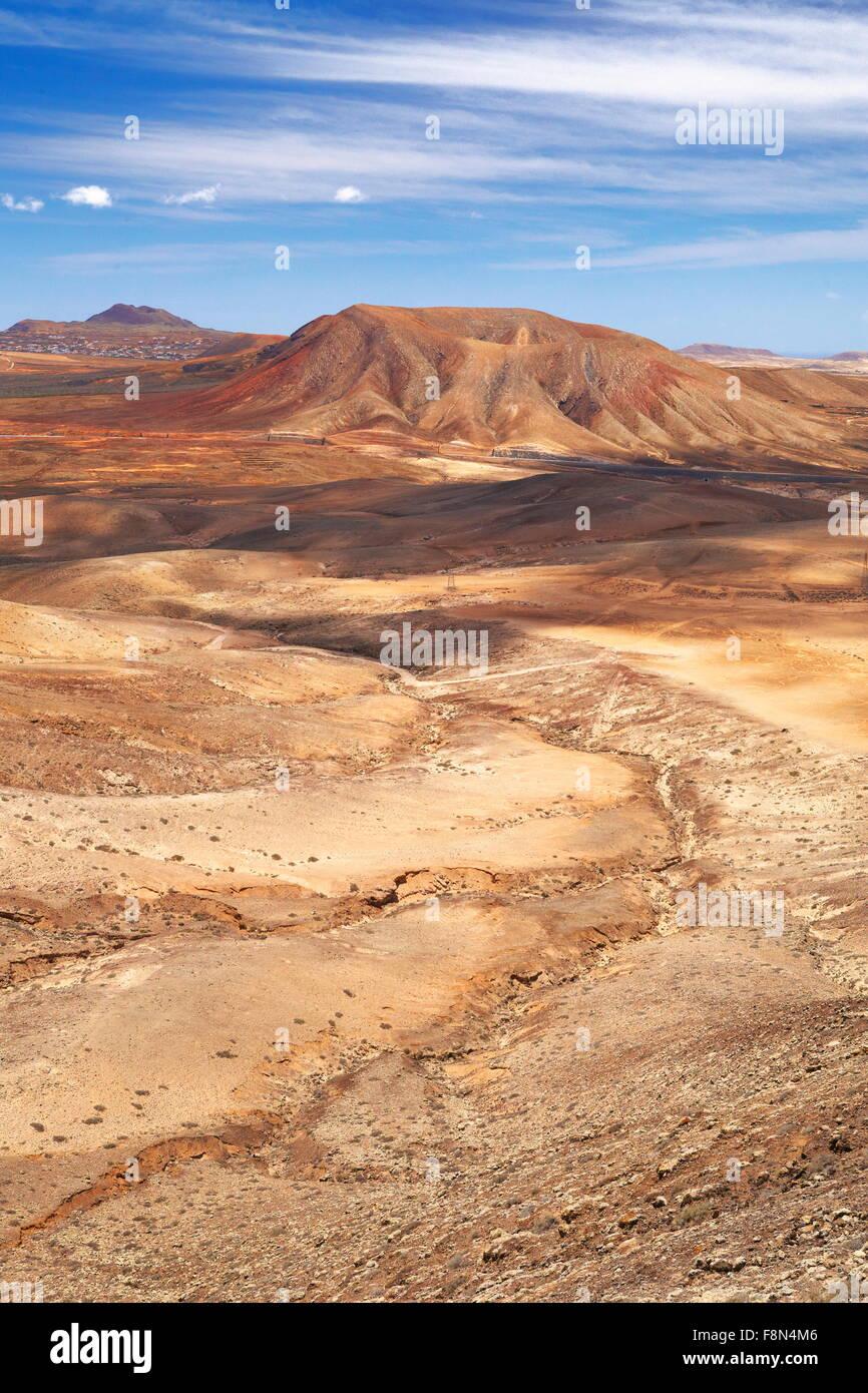 Vulkanische Mondlandschaft auf der Insel Fuerteventura, Kanarische Inseln, Spanien Stockbild