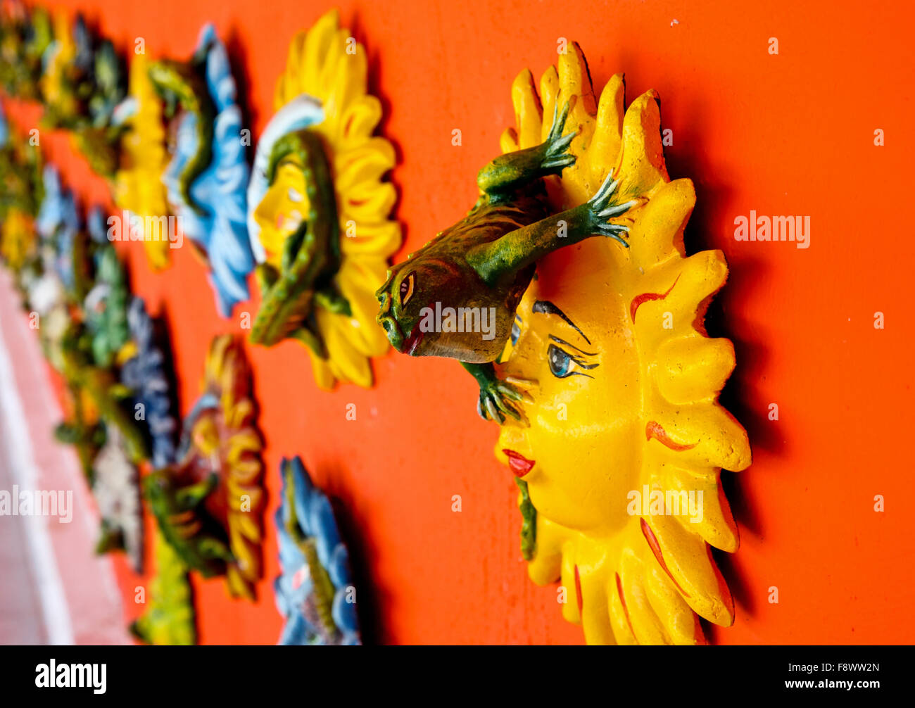 Plates Colorful Art Mexico Stockfotos Plates Colorful
