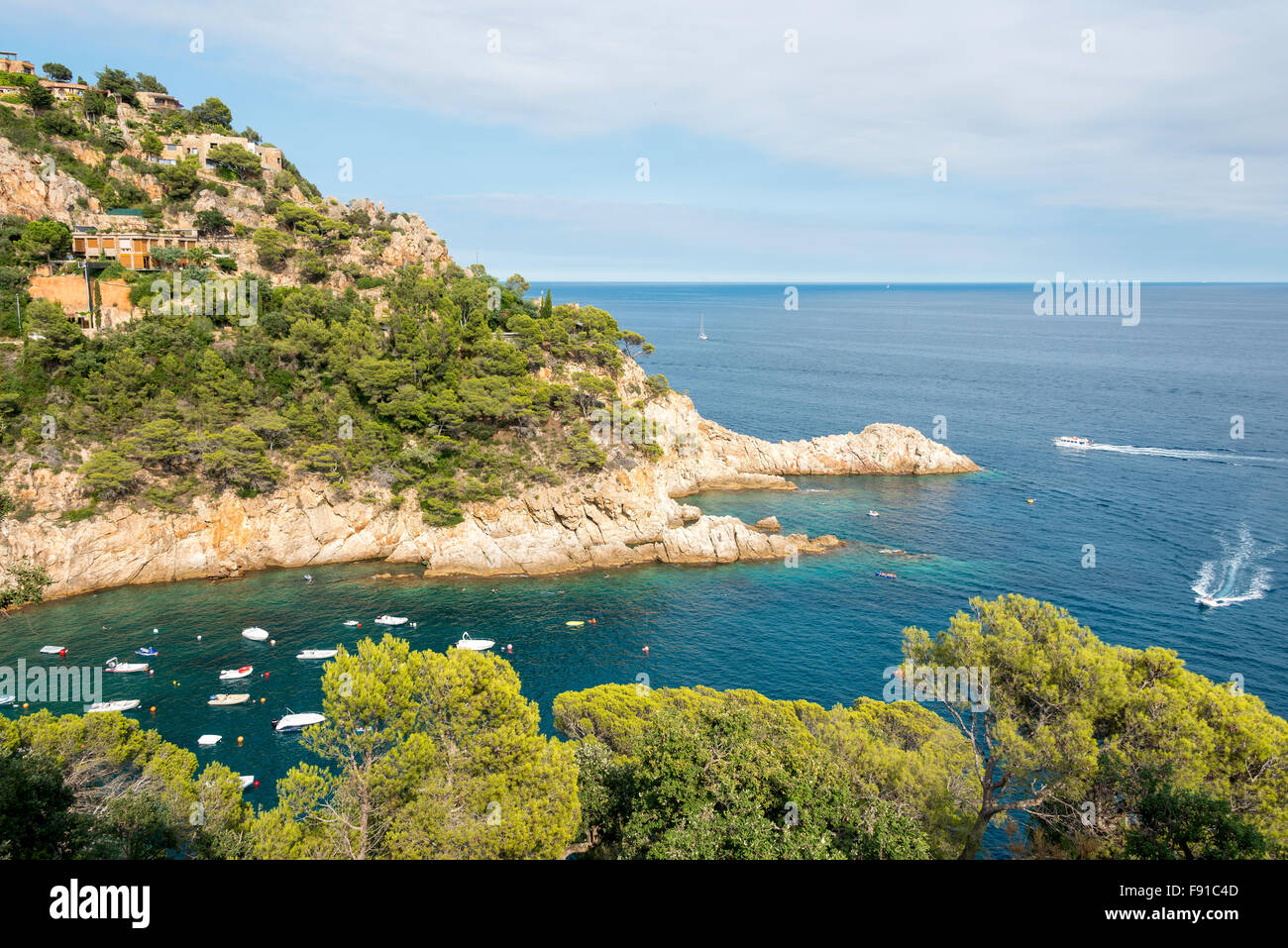 Küsten-Ansicht in der Nähe von Tossa de Mar, Costa Brava, Provinz Girona, Katalonien, Spanien Stockbild