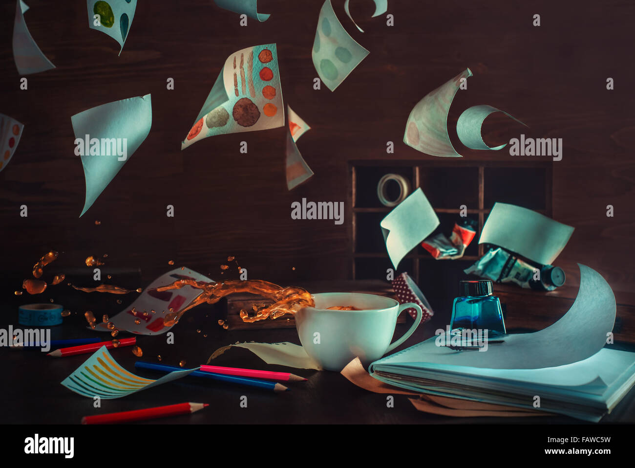 Kaffee Kaffee Chaos Inspiration Wind Bewegung Stockbild