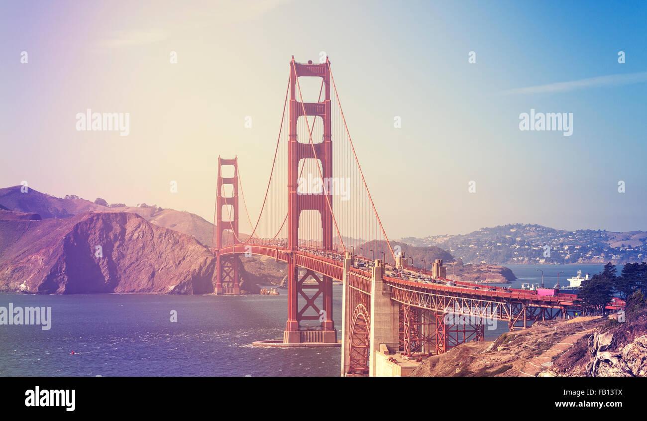 Retro stilisierte Bild von der Golden Gate Bridge in San Francisco, USA. Stockbild
