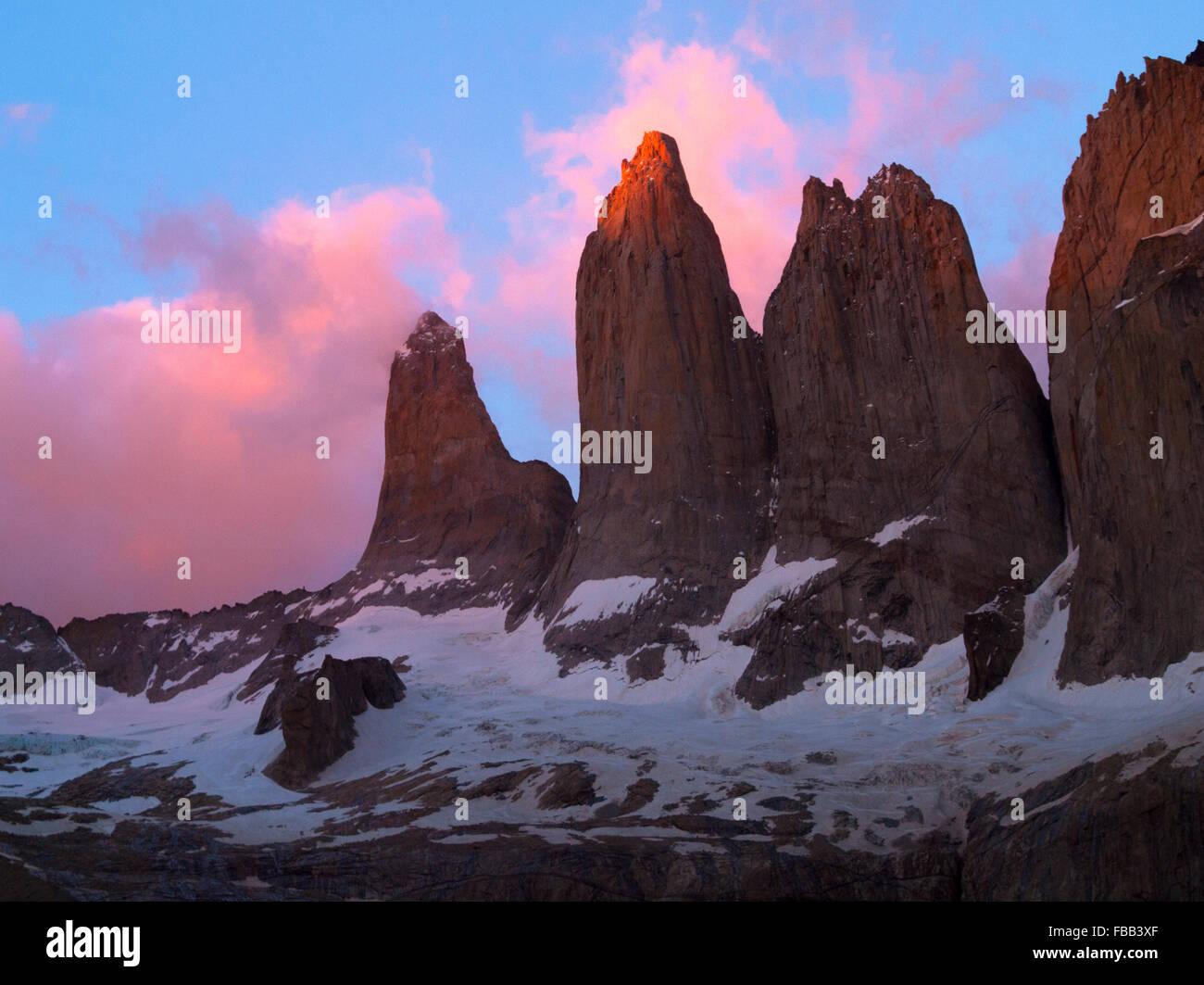 Las Torres del Paine Sunrise, Patagonien Stockbild