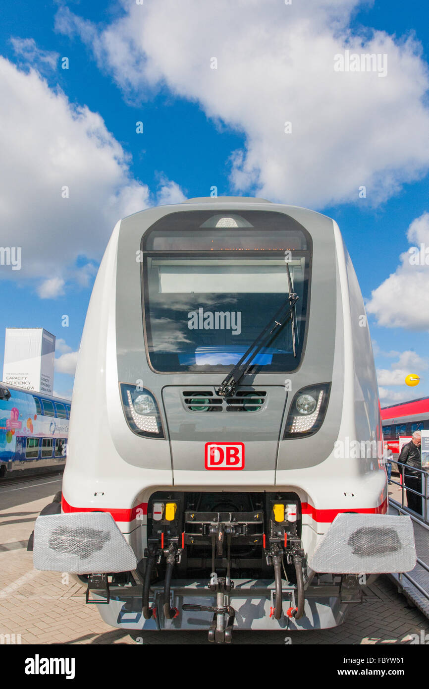 Double-Deck-Intercity-Züge für die Deutsche Bahn Stockbild