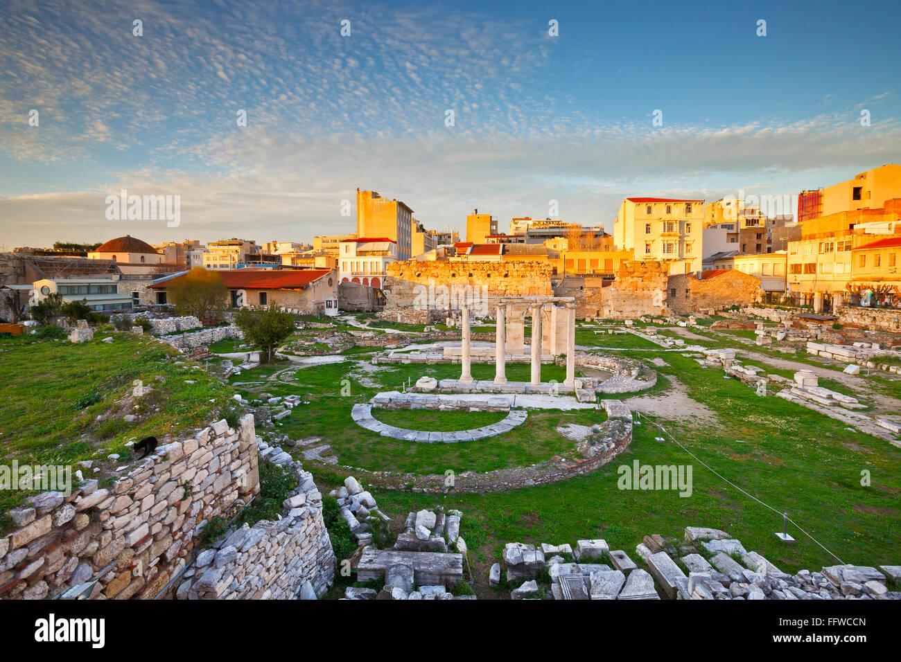 Reste des Hadrian Bibliothek in Plaka in Athen, Griechenland. Stockbild