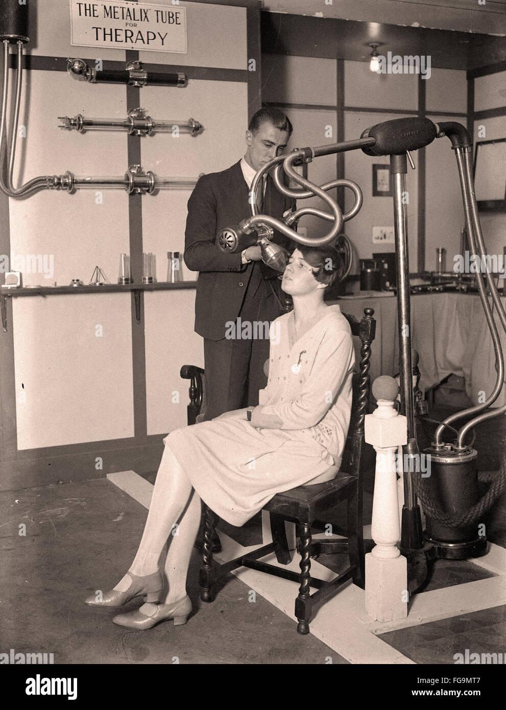 Röntgenaufnahmen in den 30er Jahren Stockbild