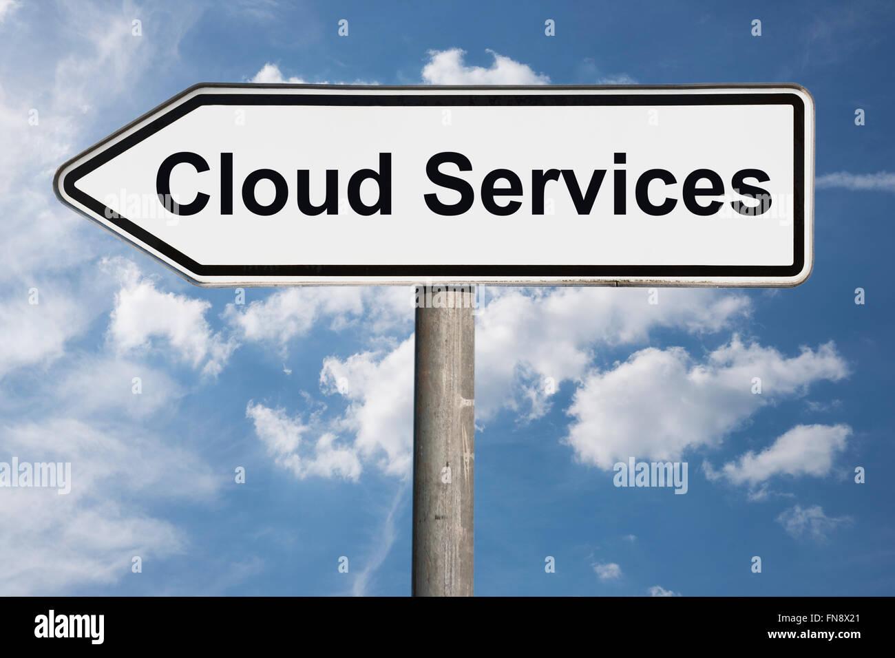 Detail-Foto der ein Schild mit dem Titel Cloud-Services Stockbild