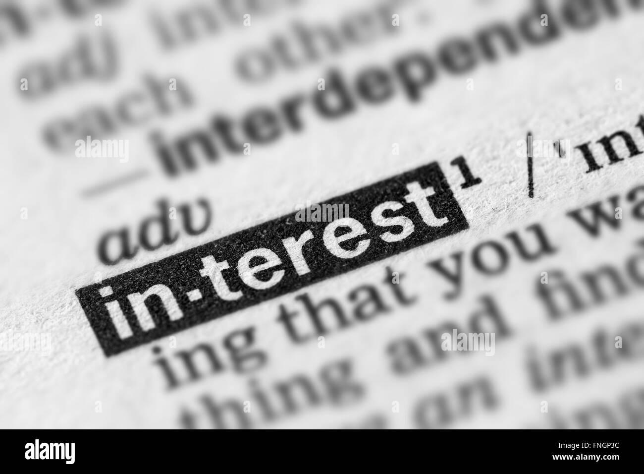Interesse-Definition-Word-Text im Wörterbuch Stockbild