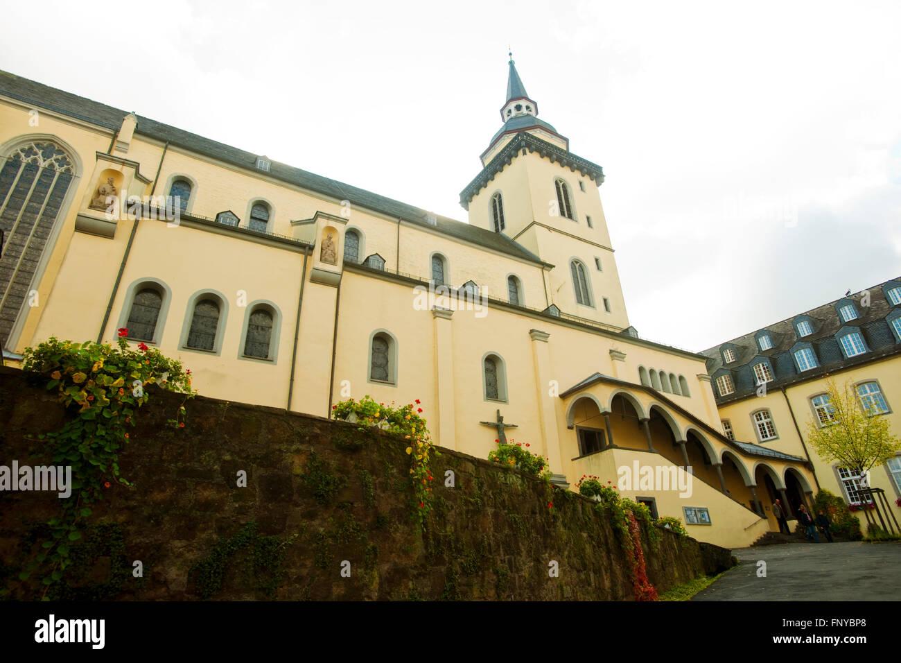 Deutschland, Nordrhein-Westfalen, Rhein-Sieg-Kreis, Siegburg, Abtei Sankt Michael, Abteikirche. Seit Dem Jahr 1064 Stockbild