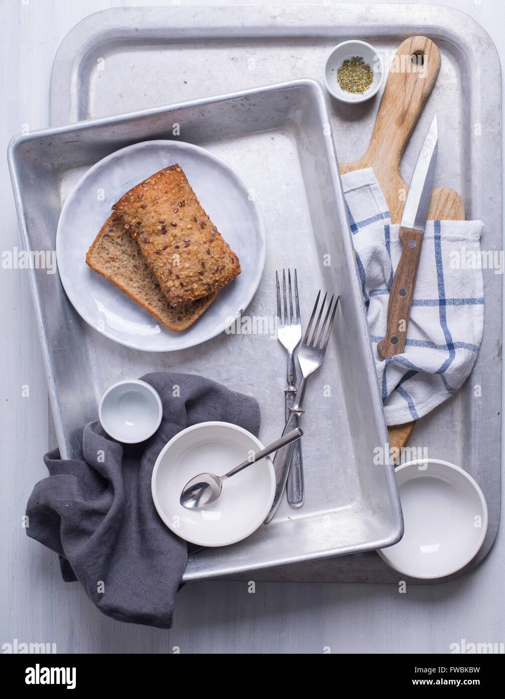 Einige Geschirr zum Kochen vorbereitet Stockbild