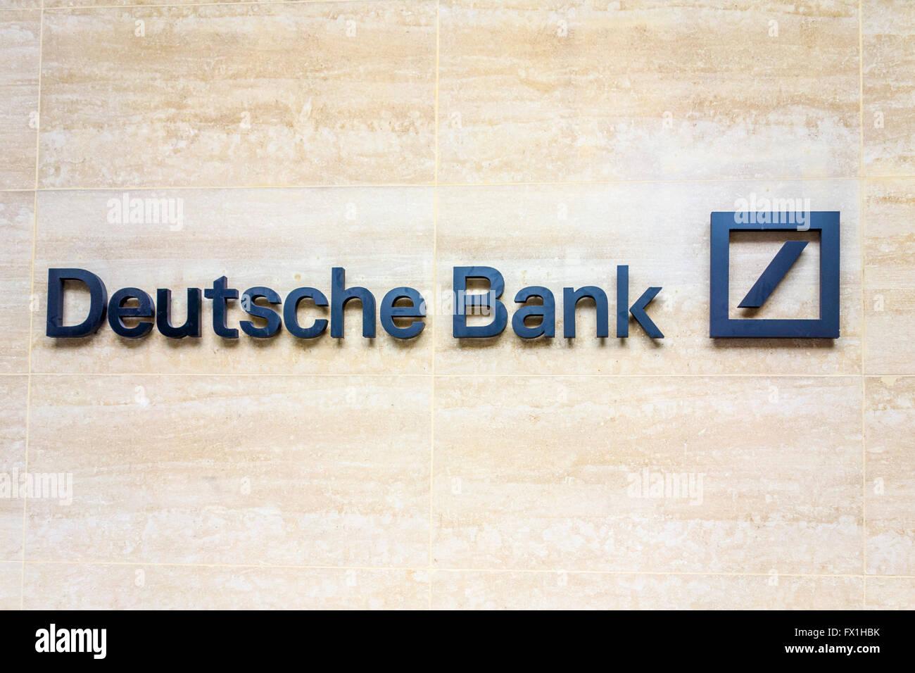 Deutsche Bank Zeichen, London, UK Stockbild