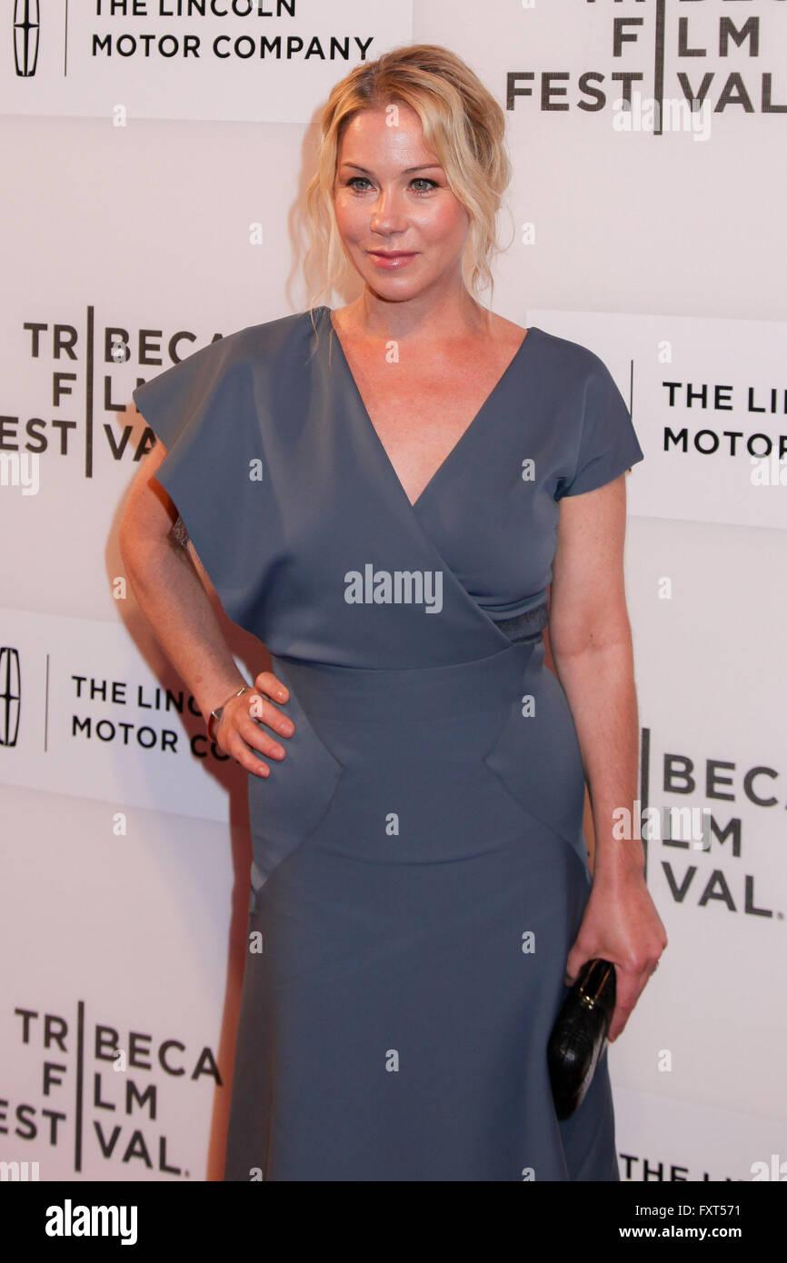 Christina Applegate im Ankunftsbereich für Jugend IN OREGON Premiere beim Tribeca Film Festival in 2016, Stockbild