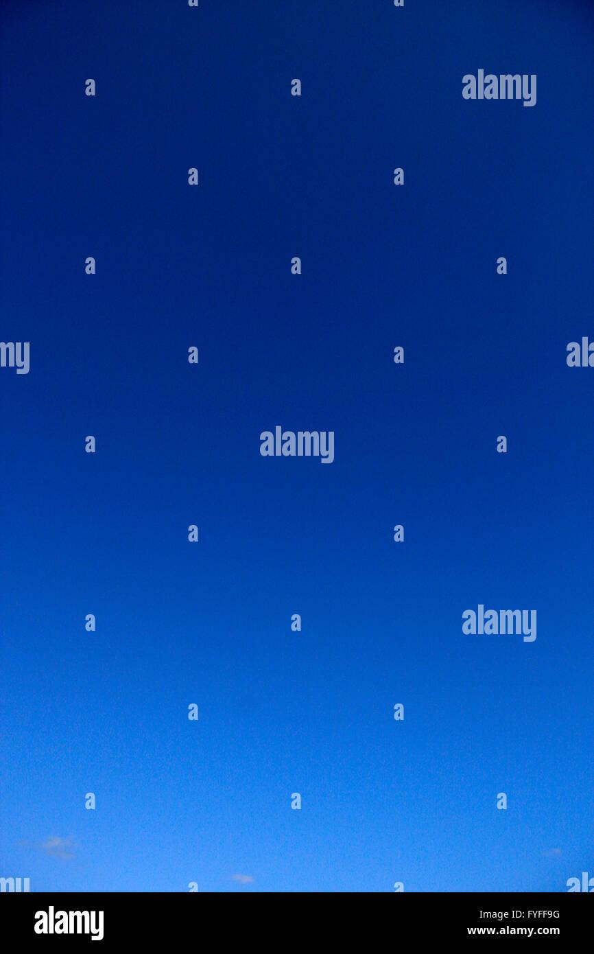 Azurblauer Himmel. Stockbild