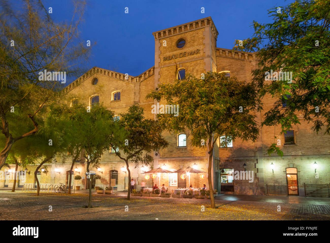 Palau de Mar, Port Architektur s.XIX, Barcelona, Katalonien, Spanien Stockbild