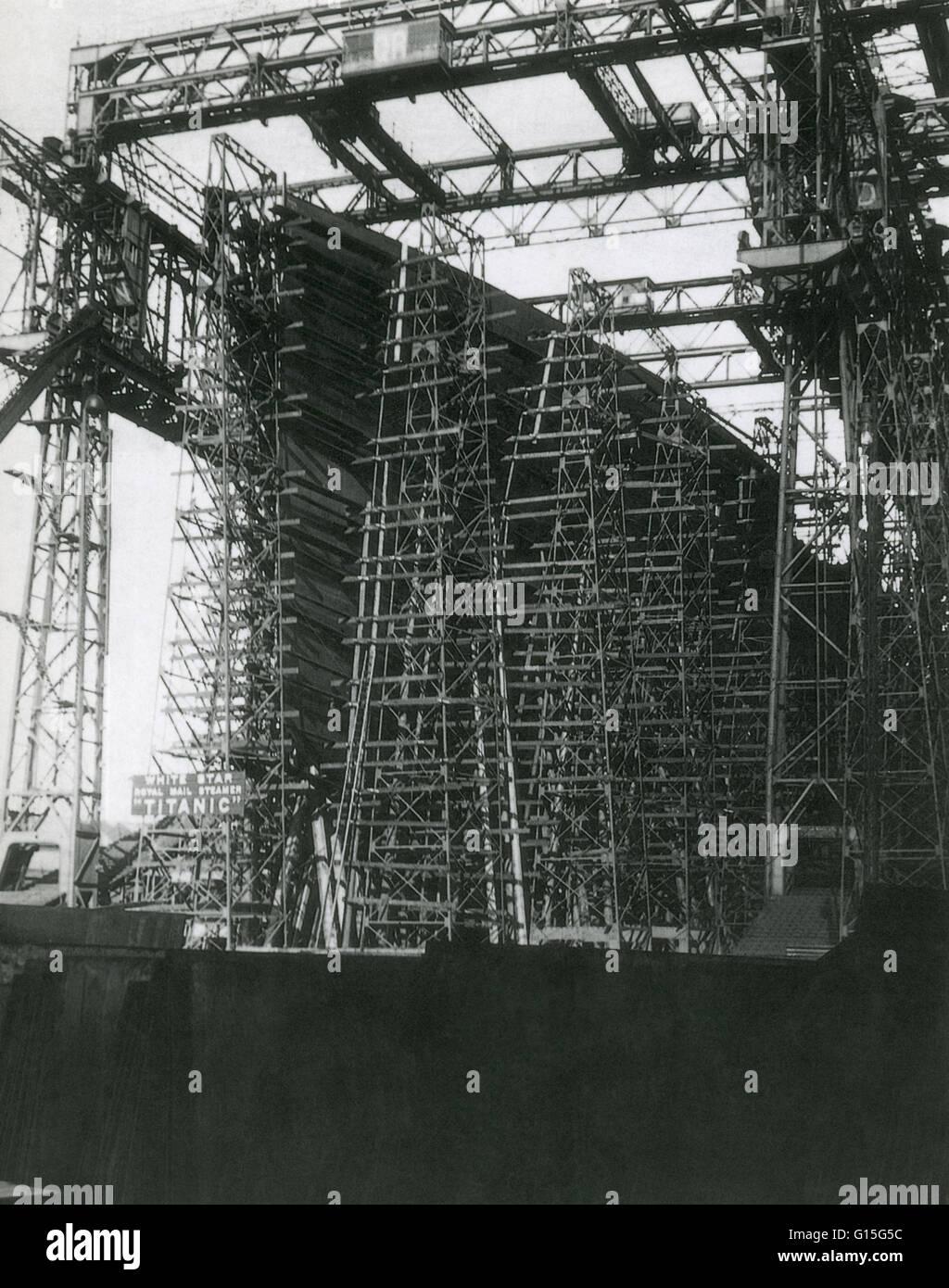 Frühen Bau der Titanic (1910), ein 46.000 Tonnen Schiff, das größte seiner Zeit. Stockbild