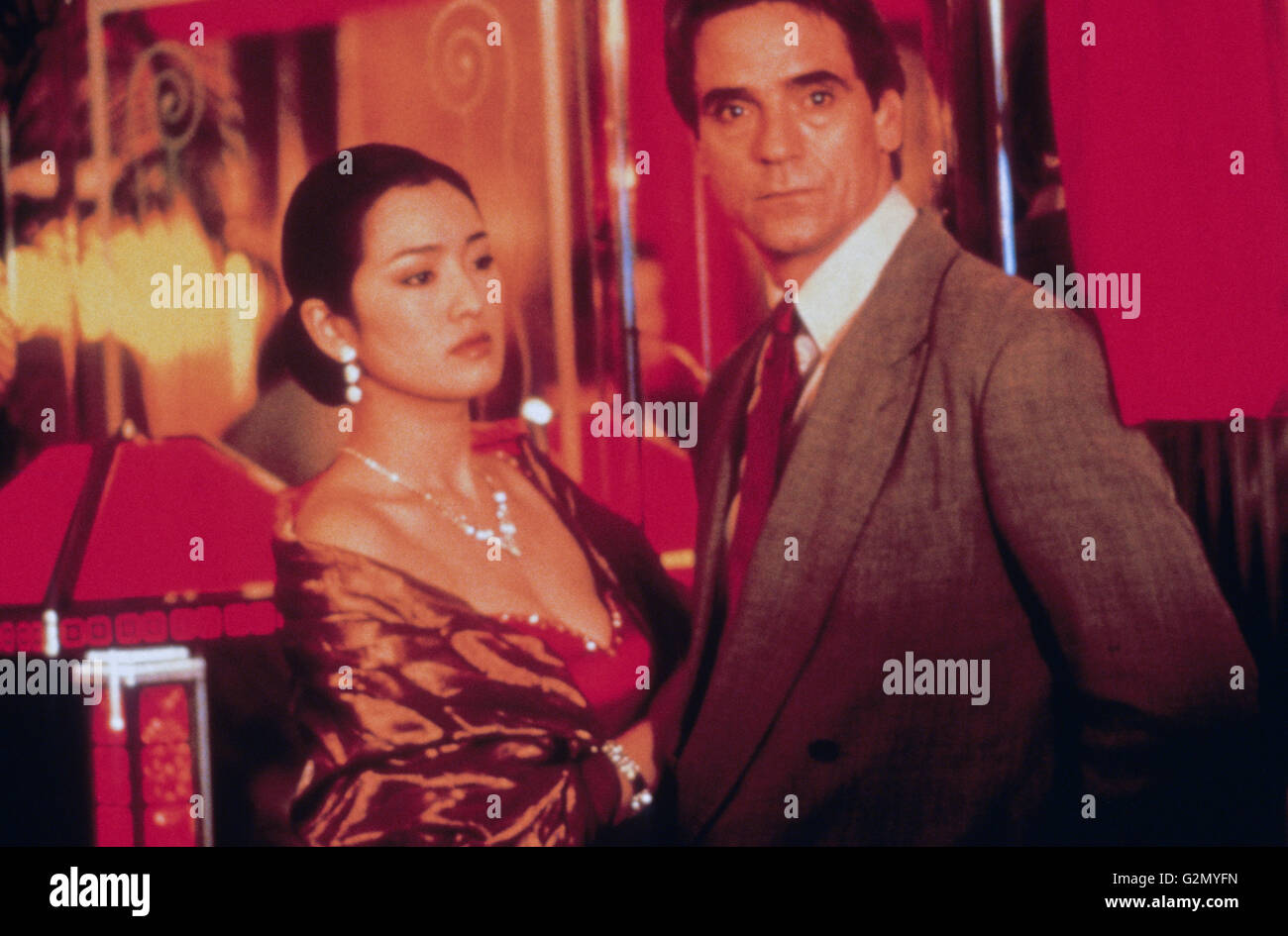Chinese Box, Jeremy Irons, Gong li, 1997 Stockbild